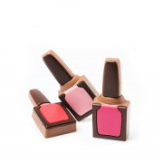 Tablettes et Rouge à lèvres en chocolat