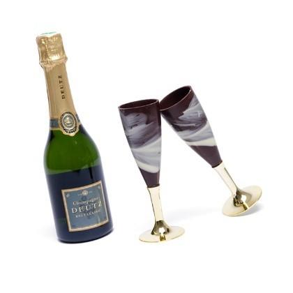 Flûtes en chocolat et champagne